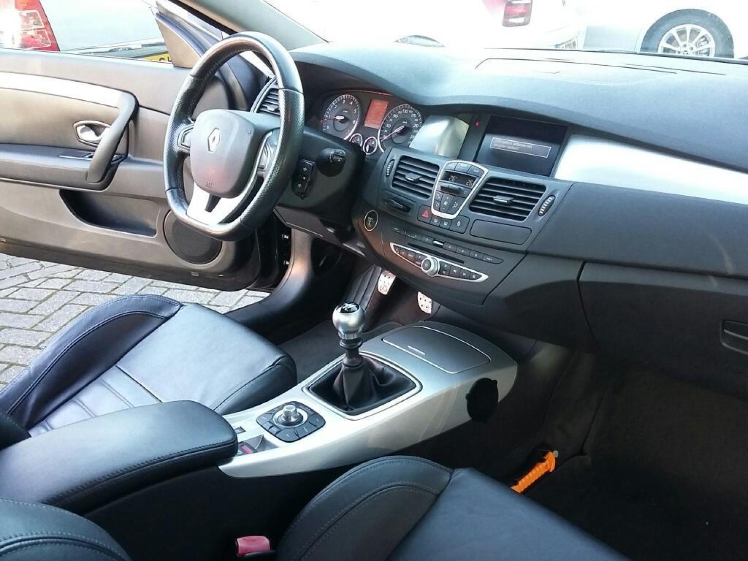 Renault-Laguna Coupe-6